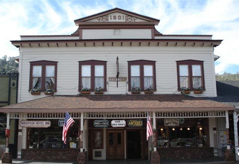 A Great Getaway Welcome To Historic Mariposa Hotel